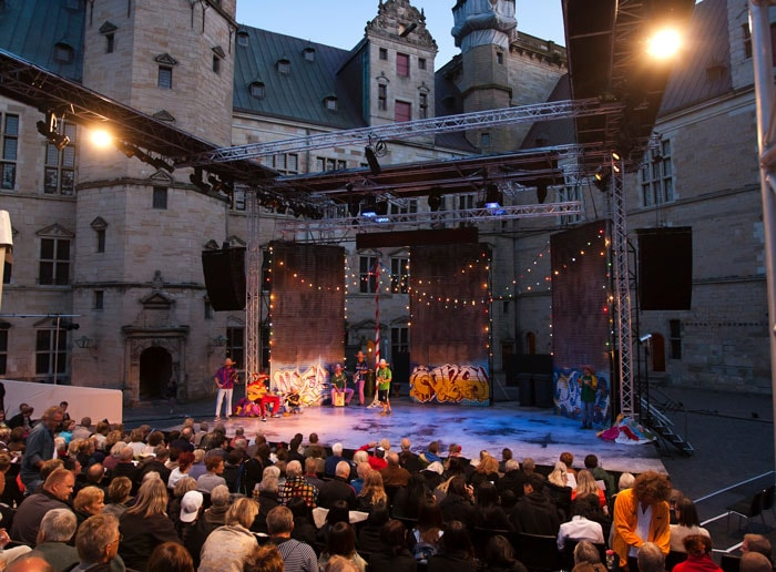 Kronborg-home-of-hamlet-cultural-wedding