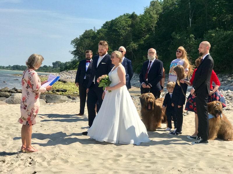 Sylvia-&-Markus-beach-wedding-Denmark